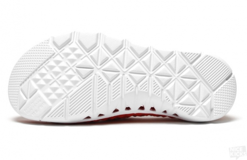 Уникальная подошва пляжной обуви Nike Gato Beach slip-on